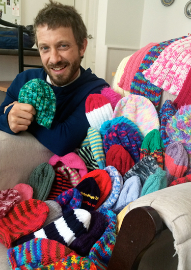 Ben-and-the-knitted-hats